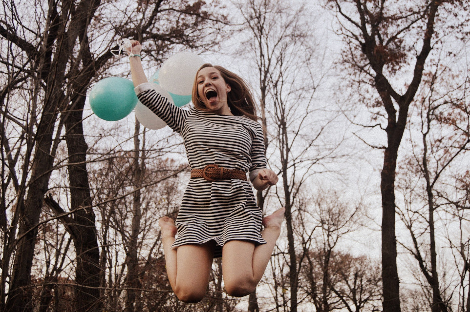 Model pictured is @small-photography , follow her!  #FreeToEdit #balloons #colorful #photography #happy  #dpchappyplace