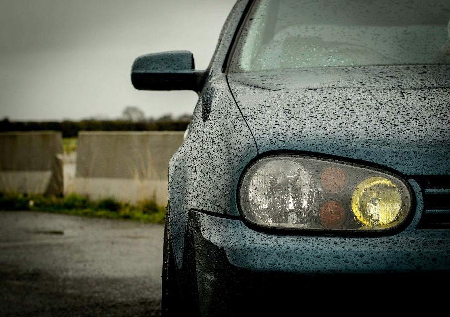 Rainy days shoot for a mate #car  #vwgolf  #vw  #volkswagen  #friendscar  #photography  #rain  #motor