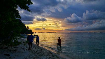sunset landscape misool rajaampatisland indonesia