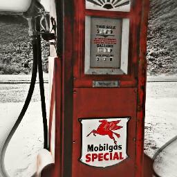 gaspump retro oldschool blur red